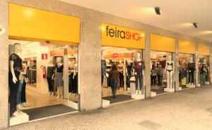 Saiba tudo que é preciso para alugar uma loja na Feira Shop - Centros Comerciais