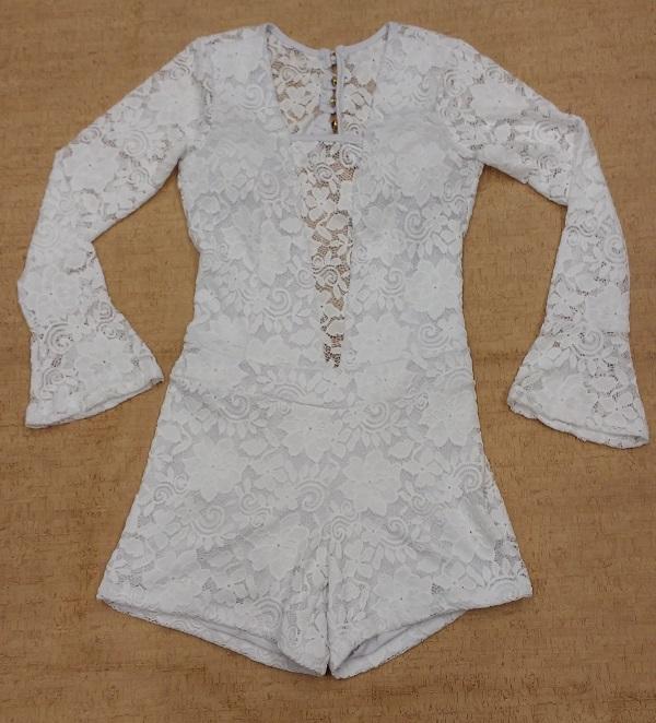 6a8551028 Looks em branco para arrasar na balada - Feira Shop