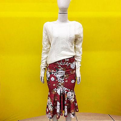 Blusa manga longa e saia floral   Beth Fashion
