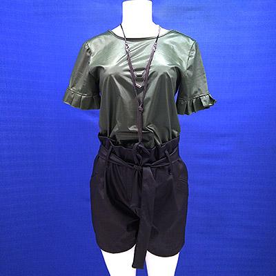 Blusa de vinil e short | Duda Modas