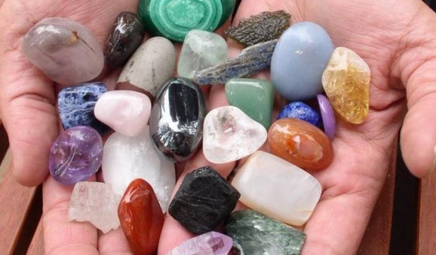 moda alternativa pedras