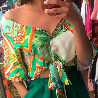 Blusa Feminina Cropped com Botões e Nó | Maricota