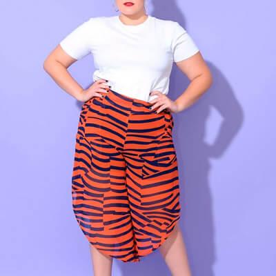 Calça Pantalona Plus Size em Crepe Chiffon | Boutique Pimenta Espaço Plus Size