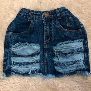 Saia Jeans com Destroyed   Espaço Feminino