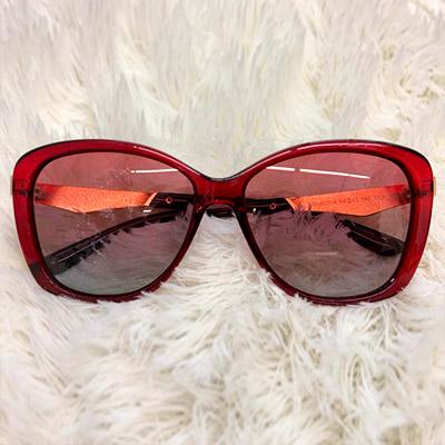 Óculos de Sol em Acetato Vermelho   Lis Ótica