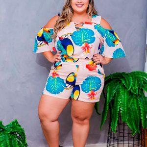 Macaquinho Estampa Tropical Plus Size | Betyna Salomão