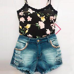 Short Jeans com Destroyed | Dema Modas