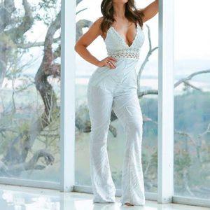 Macacão Branco Decotado | Luxus
