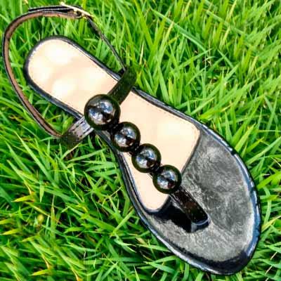 Sandália Rasteira Bolinhas | Passarela Calçados